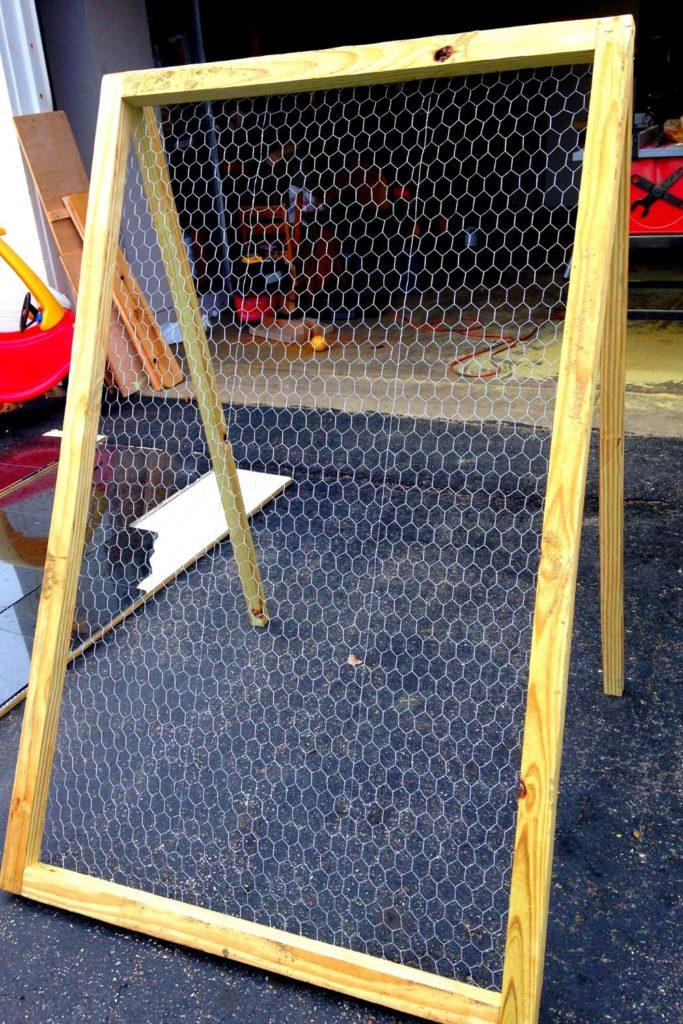 Chicken Wire DIY Trellis